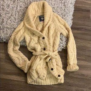 PINK sweater size medium